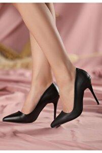 Siyah Cilt Stiletto Ayakkabı