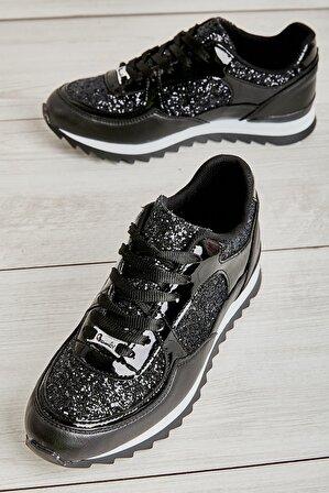 Bambi Siyah Siyah Pul Kadın Sneaker