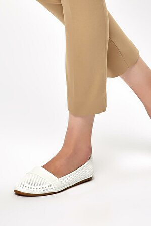 Polaris Beyaz Kadın Dolgu Topuklu Ayakkabı