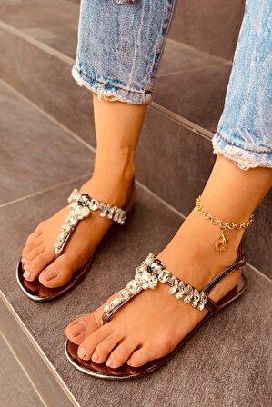 LAMİNTA Kadın Platin Taşlı Sandalet