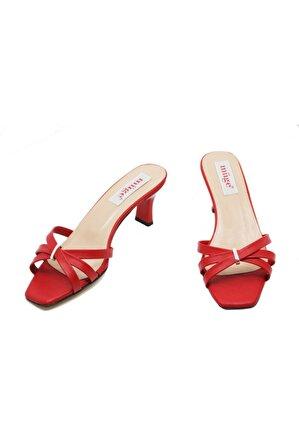 Müge Ayakkabı Kadın Kırmızı Topuklu Terlik