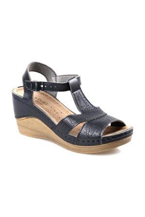 CARLA VERDE Ortapedik Dolgu Topuk Siyah Sandalet