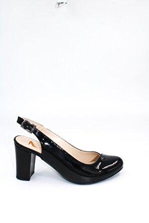 ByErz Kadın Siyah Rugan Arkası Açık Topuklu Ayakkabı