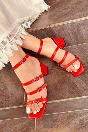 LAMİNTA Kadın Kırmızı Pamela Kemerli Topuklu Ayakkabı
