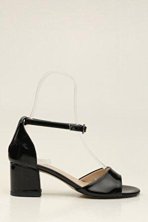S1441 Siyah Kadın Klasik Topuklu Ayakkabı