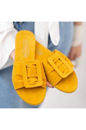 Stil Durağı Kadın Sarı Toka Detaylı Süet Terlik