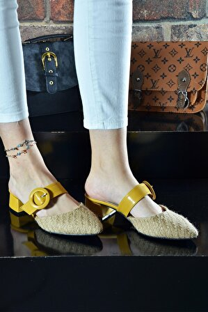 Zugazo Hasır Detaylı Sarı Kemerli Topuklu Bayan Terlik