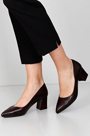G.Ö.N Kadın Kahverengi Hakiki Deri Klasik Topuklu Ayakkabı