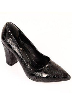 G.Ö.N Kadın Siyah Klasik Topuklu Ayakkabı