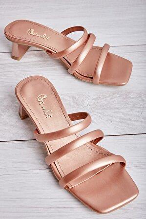Bambi Gold Kadın Sandalet