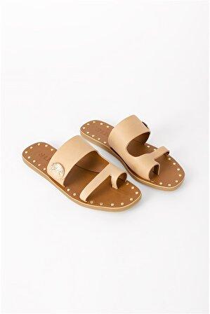 Shoes & More Kadın Bej Parmak Arası Terlik