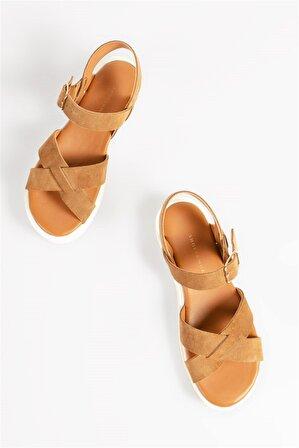 Shoes & More Kadın Taba Gymbo Sandalet