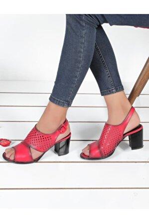 Byn Ayışığı Kırmızı Ortopedik Kadın Sandalet