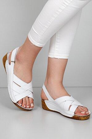 G.Ö.N Kadın Hakiki Deri Sandalet