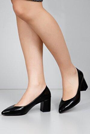 G.Ö.N Kadın Siyah Topuklu Ayakkabı 38918