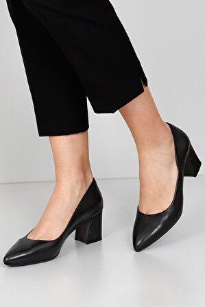 G.Ö.N Kadın Siyah Hakiki Deri Topuklu Ayakkabı