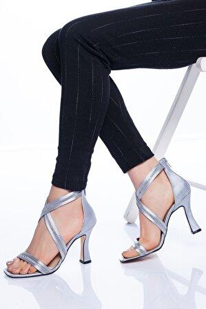 Ayakkabı Frekansı Alberta Kadın Gri Topuklu Ayakkabı