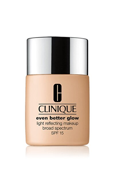 Clinique Fondöten - Even Better Glow Makeup Spf 15 CN 28 Ivory 30 ml 020714873738