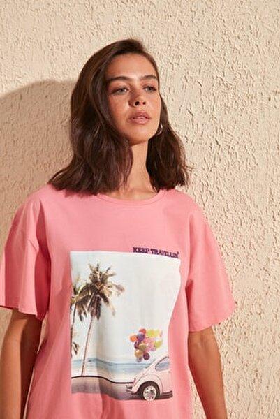 Pembe Baskı ve Nakışlı Boyfriend Örme T-Shirt TWOSS20TS0574