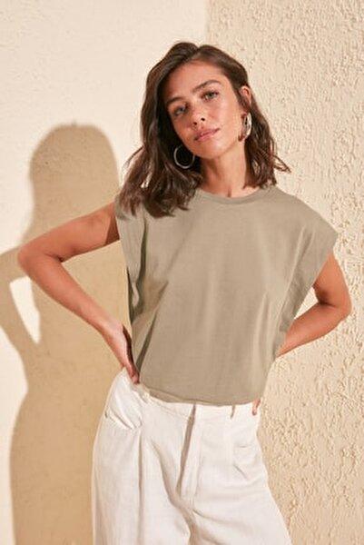 Haki Kolsuz Basic Örme T-Shirt TWOSS20TS0021