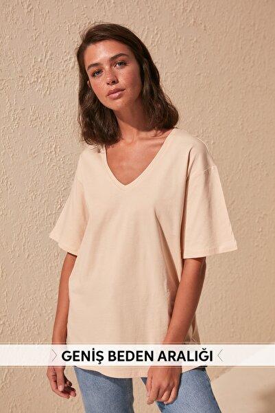 Bej %100 Pamuk V Yaka Boyfriend Örme T-Shirt TWOSS20TS0132