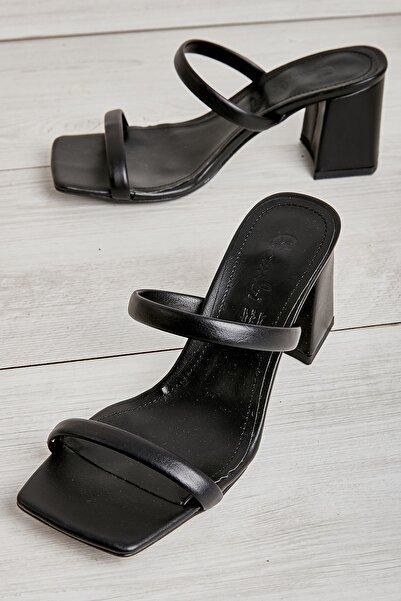 Bambi Siyah  Kadın Klasik Topuklu Ayakkabı L05035311