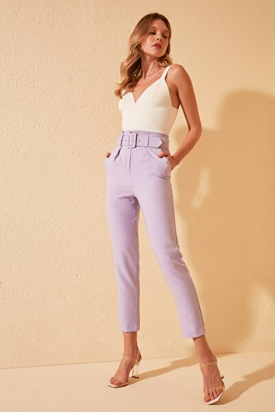 TRENDYOLMİLLA Lila Kemer Detaylı Pantolon TWOSS20PL0354