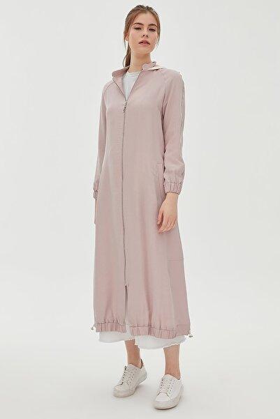 Kadın Etek Ucu Büzgülü Kapüşonlu Kısa Giy-çık Pudra B20 25007