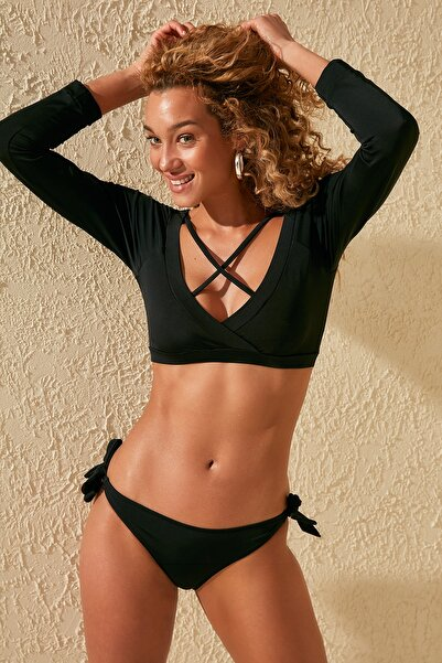 Siyah V Yaka Bikini Üstü TBESS20BU0398