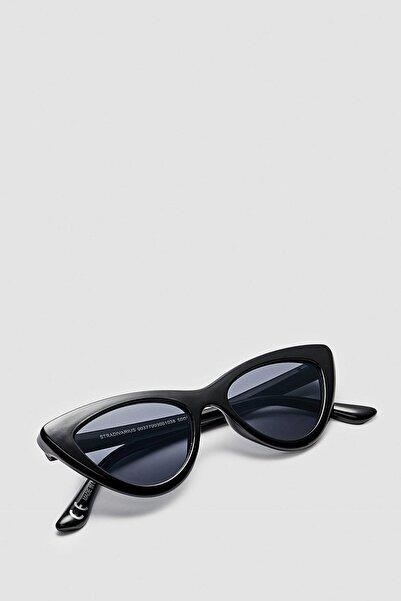 Stradivarius Kadın Siyah Cat Eye Güneş Gözlüğü 00377099
