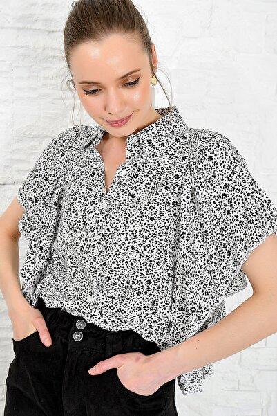 Kadın Siyah-Beyaz Volanlı Dokuma Gömlek DNZ-3158