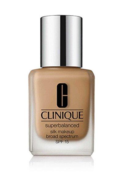 Clinique Likit Fondöten - Superbalanced Silk Makeup Broad Spectrum Spf 15 Silk Canvas 30 ml 020714755751