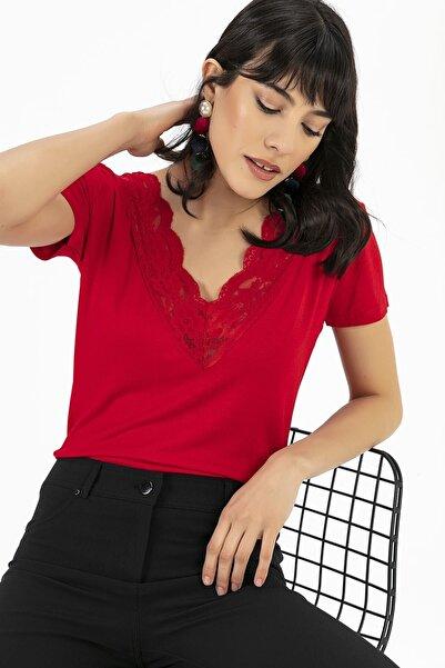 V Yaka Dantel Bluz Kırmızı