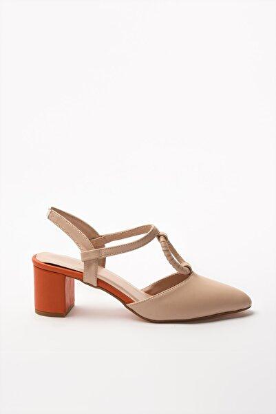 TRENDYOLMİLLA Ten Kadın Klasik Topuklu Ayakkabı TAKSS20TO0375
