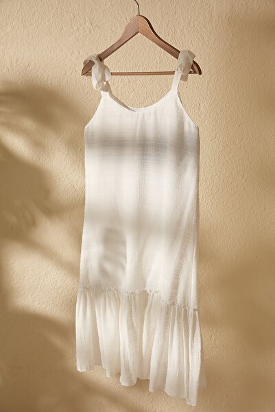 Beyaz Dokulu Kumaş Elbise TWOSS20EL2862