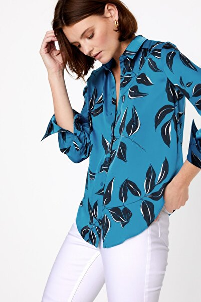 Marks & Spencer Kadın Mavi Yaprak Desenli Saten Gömlek T53002501T