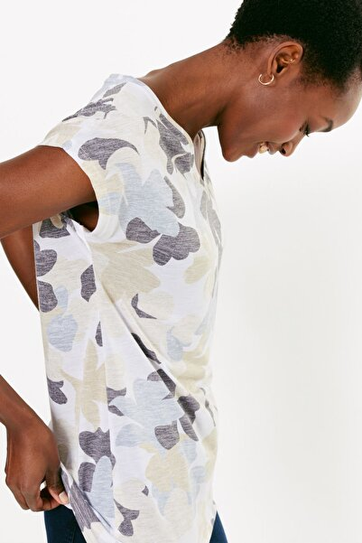 Marks & Spencer Kadın Bej Çiçek Desenli V Yaka t-Shirt T41008219