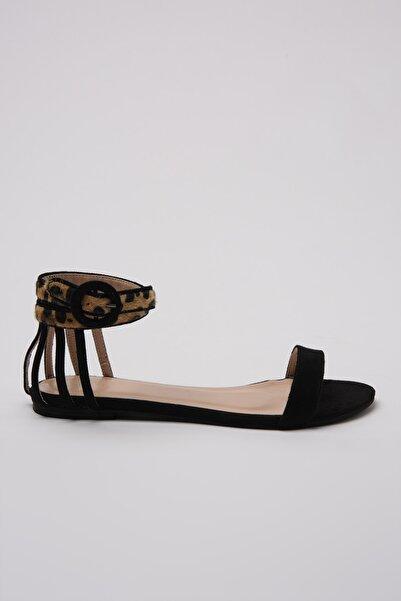 TRENDYOLMİLLA Siyah Kadın Sandalet TAKSS20TO0217