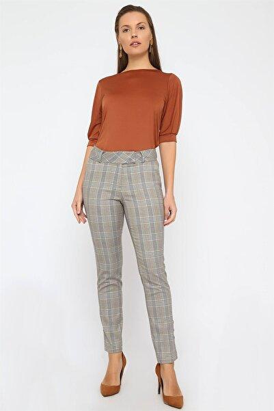 Chima Kadın Gri Paçası Düğmeli Pantolon K20PA166