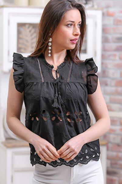 Kadın Siyah Retro Omuzları Fırfır Detaylı Fisto Etek Ucu Dilimli Bluz M10010200BL96327