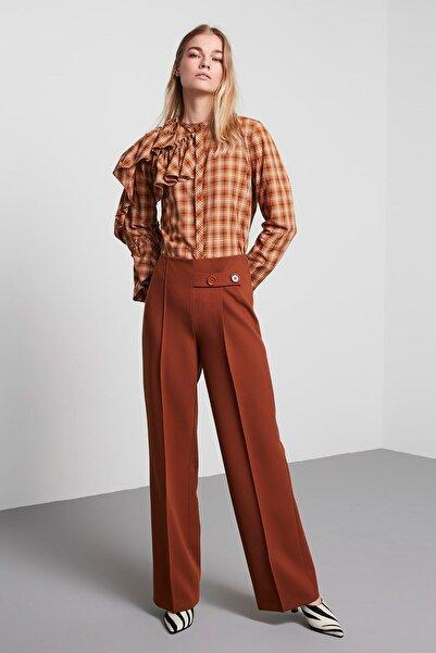 Machka Kadın Kiremit Patı Düğme Detaylı Yünlü Krep Pantolon MS1200003027054