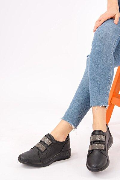 Fox Shoes Siyah Kadın Sneakers H820020309
