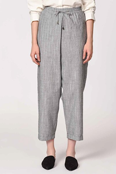 Mizalle Kadın Gri Çizgili Parça Detaylı Pantolon 19YGMZL2011014-GRİ