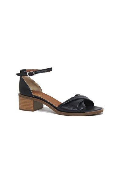 Desa Kadın Agrerina Deri Sandalet