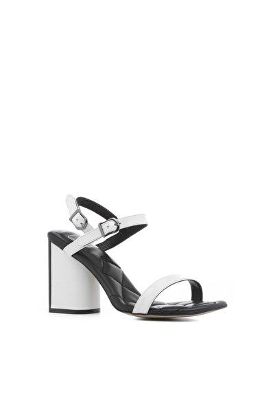 İLVİ Boron Kadın Sandalet Beyaz Rugan-siyah Deri