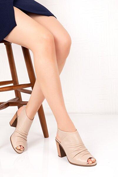 Gondol Topuklu Sandalet