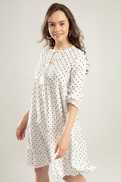Y-London Kadın Beyaz Puantiyeli Bağcıklı Dantel Detaylı Elbise Y20S110-1637
