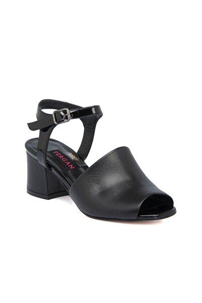 Tergan Siyah Deri Kadın Ayakkabı 64330a27