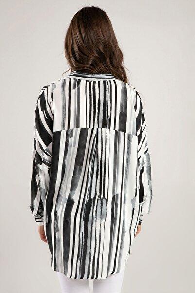 Kadın Siyah Beyaz Suluboya Desenli Yarasa Kol Gömlek 30675 Y19W109-30675