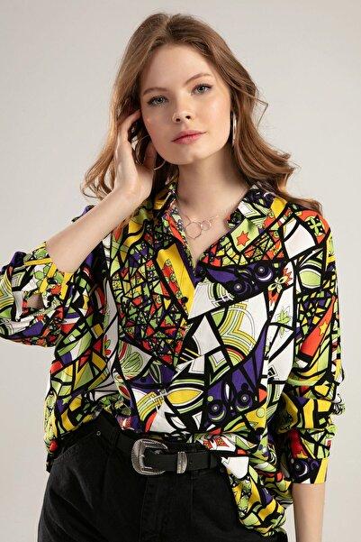 Kadın Baskılı Gömlek 3747
